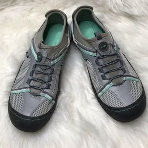 J-41 Tahoe Shoes water Ready slip on Sz 7.5 Gray